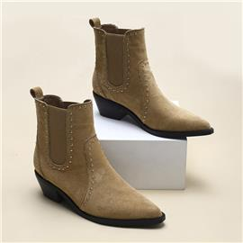 Chelsea boots met puntige neus en versierde versiering