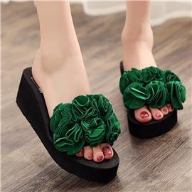 Decoratieve pantoffels met open teen
