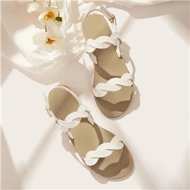 Sandalen met open teen en gedraaide bandjes