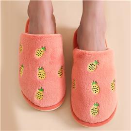Pluche pantoffels met ananasborduurwerk