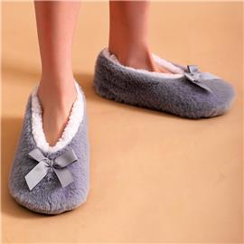 Zachte pantoffels met strikversiering
