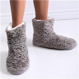 Minimalistische pantoffellaarzen met brede pasvorm