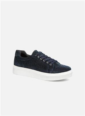 SNEAKER by Pieces