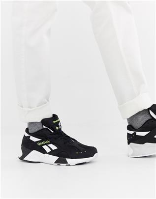 Reebok - Aztrek - Sneakers in zwart CN7188