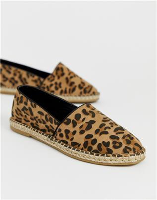 Truffle Collection - Espadrilles met luipaardprint-Bruin