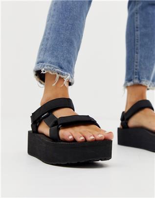 Teva - Universal - Sandalen met dikke plateauzool in zwart