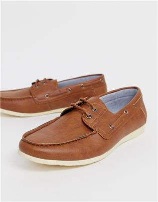 New Look - Imitatieleren bootschoenen in bruin