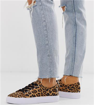 ASOS DESIGN Wide Fit - Dusty - Sneakers met veters en luipaardprint-Multi