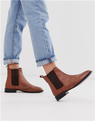 ASOS DESIGN - April - Leren chelsea boots in bruin