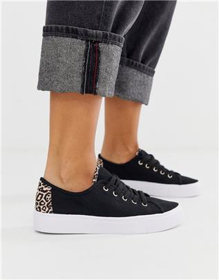 ASOS DESIGN - Dusty - Sneakers met veters in zwart en luipaardprint