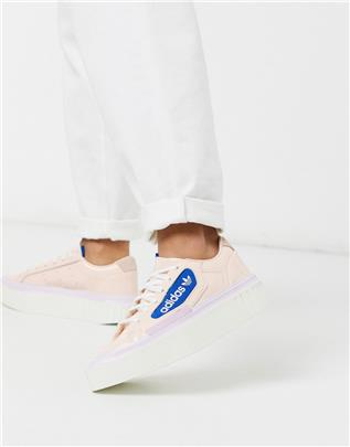 adidas Originals - Hyper Sleek - Sneakers met plateauzool in roze