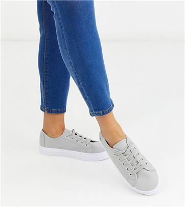 ASOS DESIGN Wide Fit - Sneakers met veters in grijs