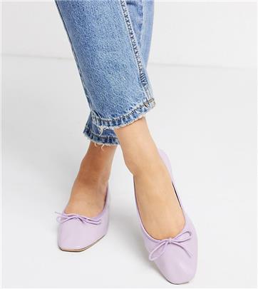 ASOS DESIGN - Leren ballerina's met brede pasvorm en strik in lila-Paars