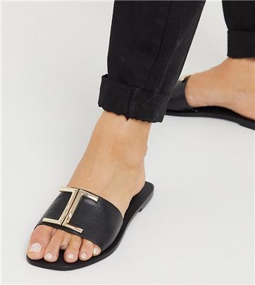 ASOS DESIGN - Factor - Leren platte sandalen met brede pasvorm in zwart