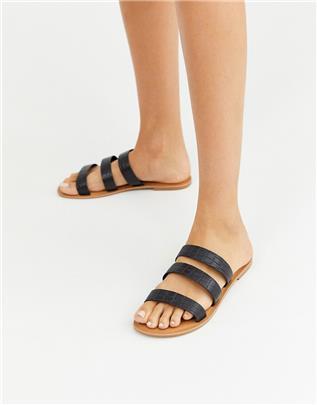 ASOS DESIGN - Farren- Platte leren sandalen in zwart met krokodillenleerprint