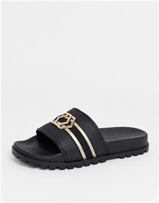 ASOS DESIGN - Slippers met gouden broche-Zwart
