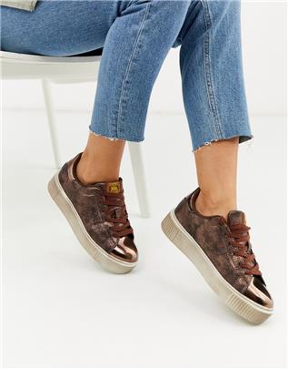 XTI - Sneakers met veters en slangenprint in metallic-Koper