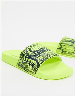 Jack & Jones - Slippers in neon-Geel