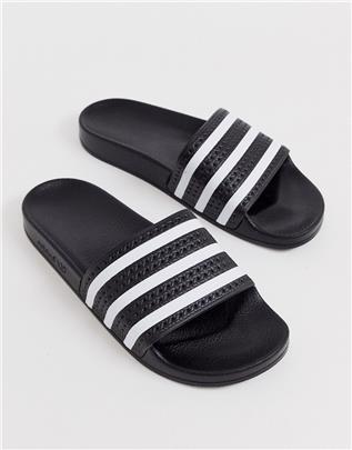 adidas Originals - adilette - Slippers in zwart