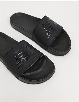 New Balance - Slippers met logo in zwart