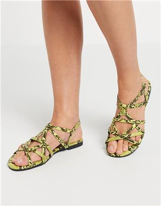 XTI - Platte sandalen met bandjes en slangenprint-Beige