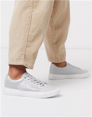 XTI - Sneakers met plateauzool en vetersluiting-Zilver