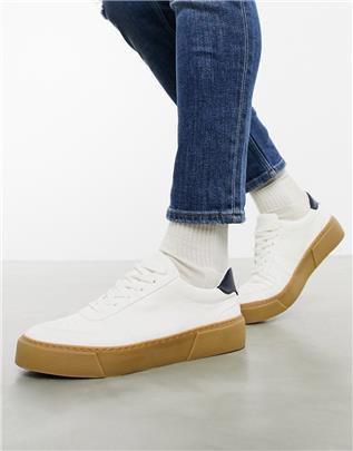 ASOS DESIGN - Sneakers met dikke zool en contrasterende hak in wit