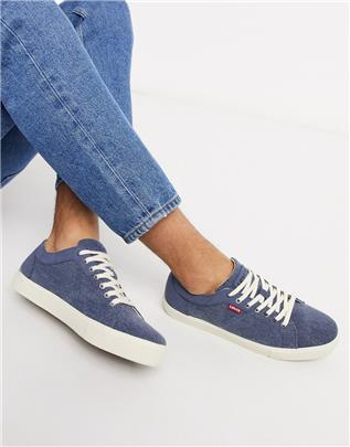 Levi's - Woodward - Canvas sneakers in blauw