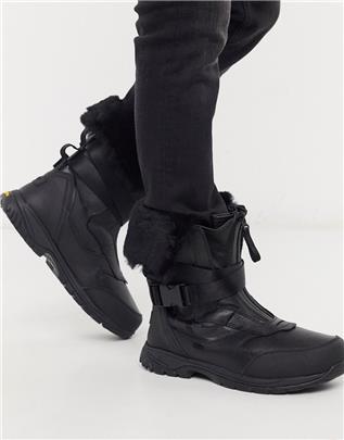 UGG - Waterbestendige gevoerde leren laarzen-Zwart