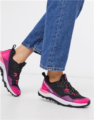 The North Face - Activist FutureLight - Sneakers in zwart met roze