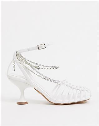 ASOS DESIGN - Smith - Sandalen met bandjes en halfhoge hak en ketting in wit