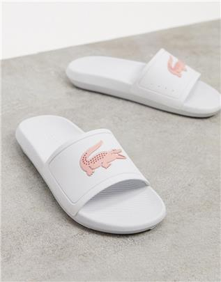 Lacoste - Slippers met krokodillenprint in wit en roze