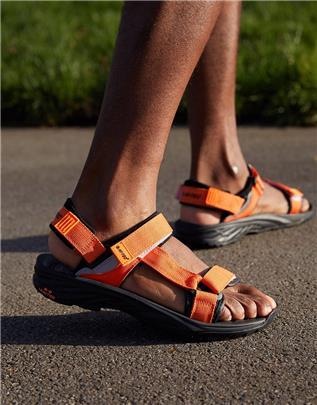Hi-Tec - Ula Raft - Wandelsandalen in oranje