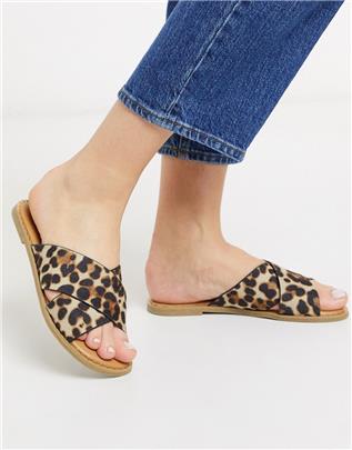Call It Spring - Gracile- Platte sandalen met kruisbandjes en luipaardprint-Multi