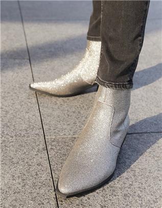 ASOS DESIGN - Western Chelsea boots met Cubaanse hak in zilver glitter