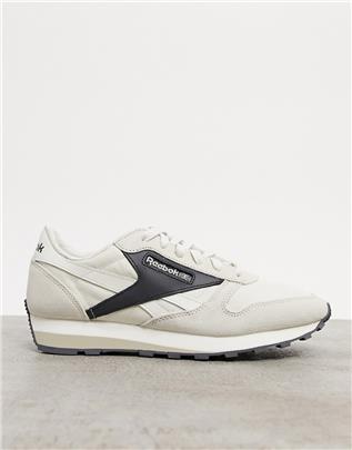 Reebok Classics - AZ 79 - Sneakers in gebroken wit