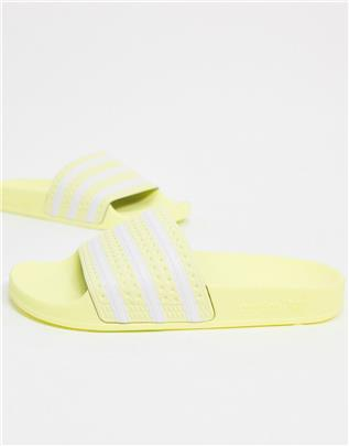 adidas Originals - Adilette - Slippers in geel