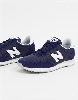New Balance - 720 - Sneakers in marineblauw
