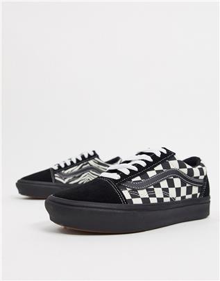 Vans - ComfyCush Old Skool - Sneakers met zebraprint en plateauzool in zwart