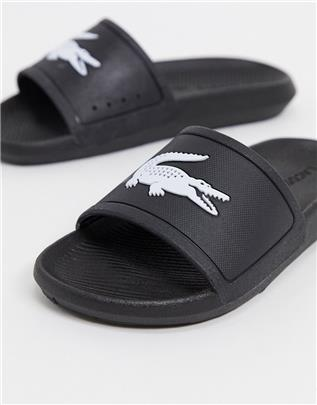 Lacoste - Croco - Slippers met logo in zwart en wit