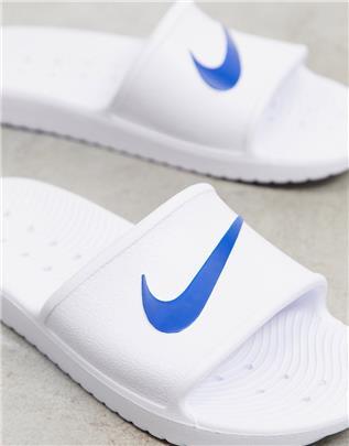 Nike - Kawa - Badslippers in wit en blauw