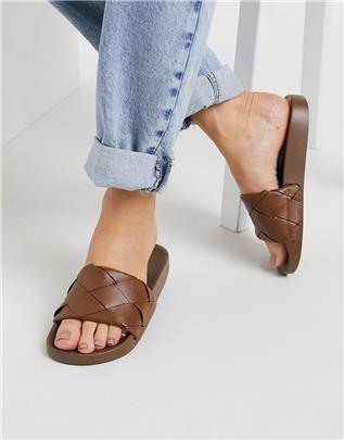 ASOS DESIGN - Finley - Gevlochten slippers in bruin