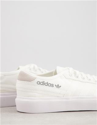 adidas Originals - Delpala - Sneakers in wit
