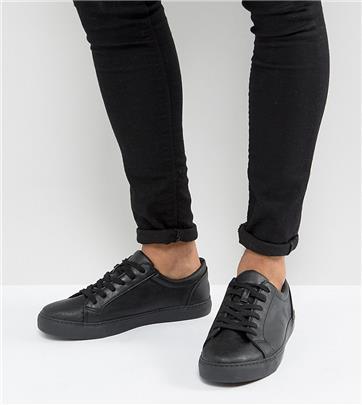 ASOS DESIGN - Sneakers met wijde pasvorm in zwart