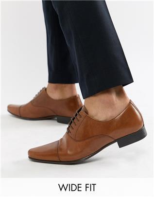 ASOS DESIGN - Oxford schoenen met brede pasvorm in lichtbruin leer met teenstuk